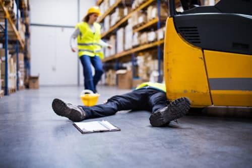 Gesetzliche Unfallversicherung: Regressanspruch gegen Unternehmer bei grob fahrlässig verursachtem Arbeitsunfall