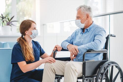 Private Pflegeversicherung - Pflegehilfsmittel - Ausschluss Erstattung Adaptivrollstuhl
